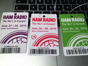 Mini-colecția mea de badge-uri de la evenimentele Hamfest din 2014, 2015 și de anul acesta.